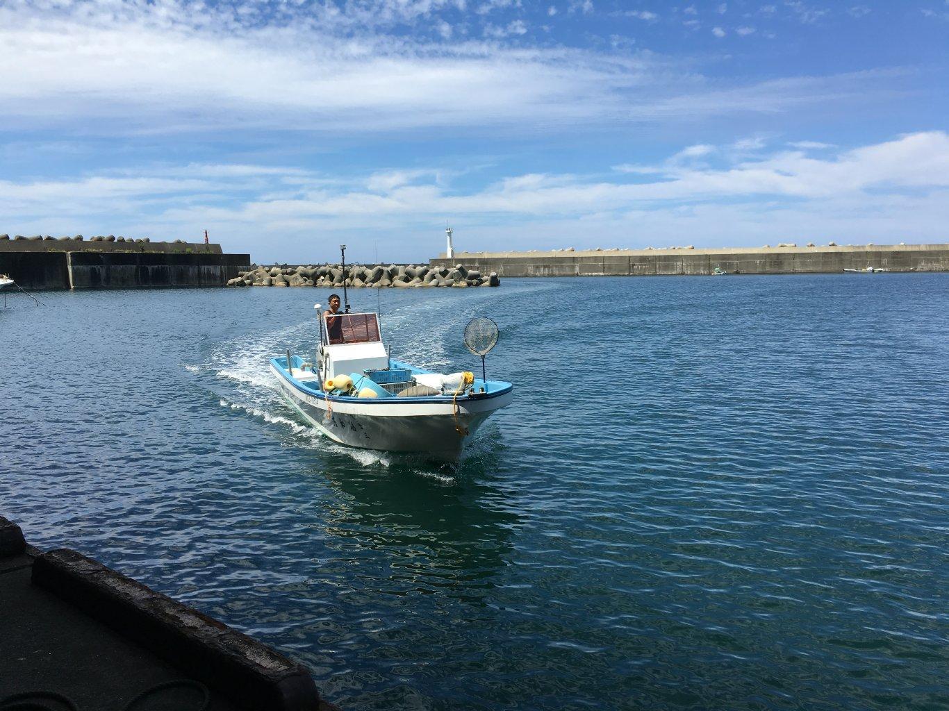 タイラバ釣り船